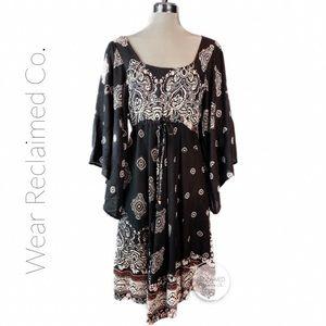 CHAI Printed Kimono Dress Criss Cross Back